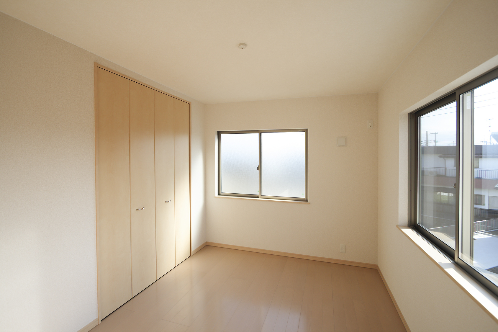 洋室イメージ シンプル家具なし